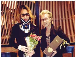 YOSHIKI、Hydeと食事へ「元気をもらった」感謝明かす