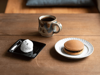和菓子に日本茶はもう古い?新しい楽しみ方を提案する和菓子屋さんとは