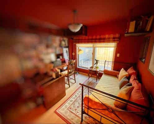 アンミカ、自宅で1番好きな書斎を公開「旦那様を見つめて仕事できるようになっている」
