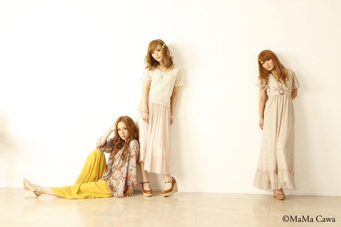 モデルプレスのインタビューに応じてくれた桃華絵里、板橋瑠美、宮下美恵