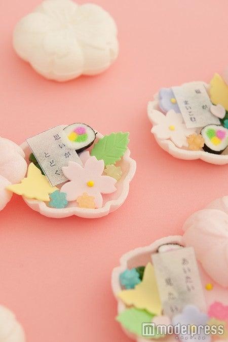 「そっと ひらくと 」/御菓子調進所 山海堂(石川県)/画像提供:ふるさと祭り東京実行委員会