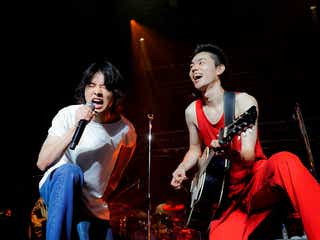 菅田将暉、ツアーに山崎賢人サプライズ出演 2人でパフォーマンスも<セットリスト>