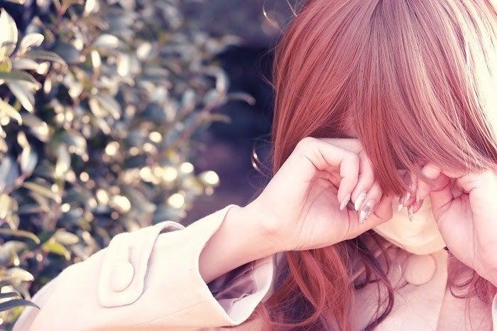 元カノと頻繁に連絡をとる男性の心理5つ 私がいるのにどうして…?/photo by GIRLY DROP