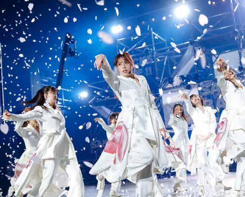 櫻坂46初有観客ライブ、サプライズで涙も「今日ここで生まれ変わります」決意表明ステージ<BACKS LIVE!!/詳細レポ・セットリスト>
