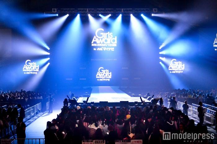 「GirlsAward 2016 AUTUMN/WINTER」会場の様子