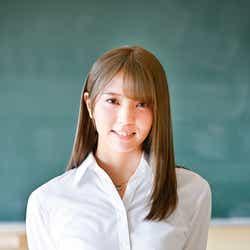 モデルプレス - 欅坂46小林由依、金髪姿に反響「破壊力半端ない」「似合ってる」