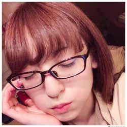 """モデルプレス - 神田沙也加、ガチメガネの""""すっぴん""""ショットに反響「肌綺麗」「美しい」と絶賛の声"""