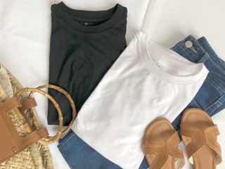 無印良品の人気990円「Tシャツ」でつくる旬コーデ3選