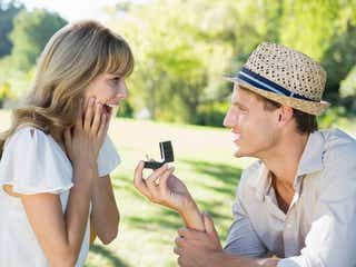 結婚したい!年下男子がプロポーズしたくなる彼女とは