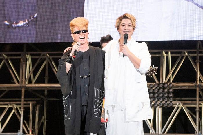 氣志團も参加した「新しい地図」ステージにて/綾小路翔、香取慎吾