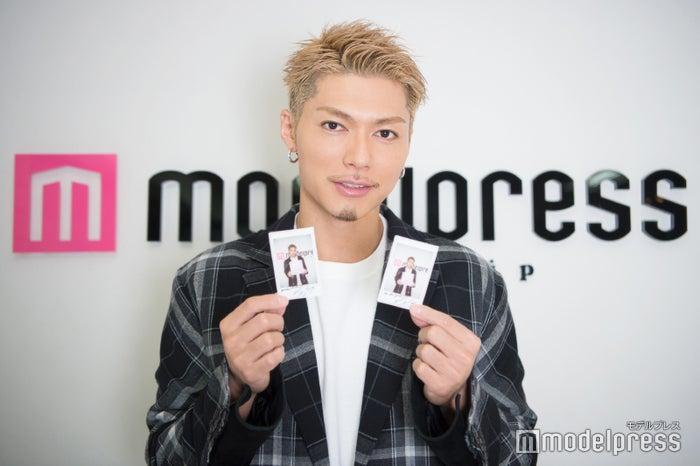 EXILE SHOKICHI、サイン入りチェキプレゼント (C)モデルプレス