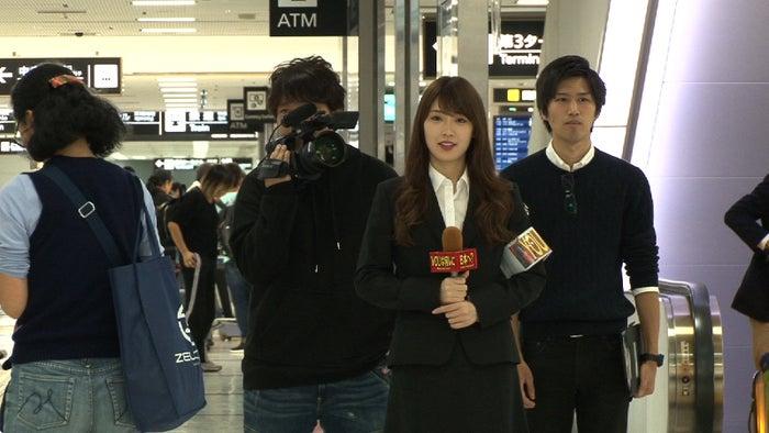 高山一実(右から2番目)(C)テレビ東京