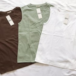【GU】低身長さんにおすすめ!大人気990円「Tシャツ」でカラー別スタイルアップコーデ