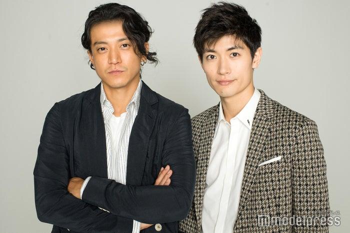 モデルプレスのインタビューに応じた小栗旬&三浦春馬(C)モデルプレス