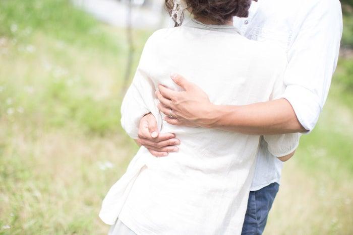 男性がギュッとしたくなる女性の5つの表情 抱きしめたい!/photo by GAHAG