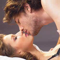 男性をその気にさせるベッド専用香水「リビドーロゼ」