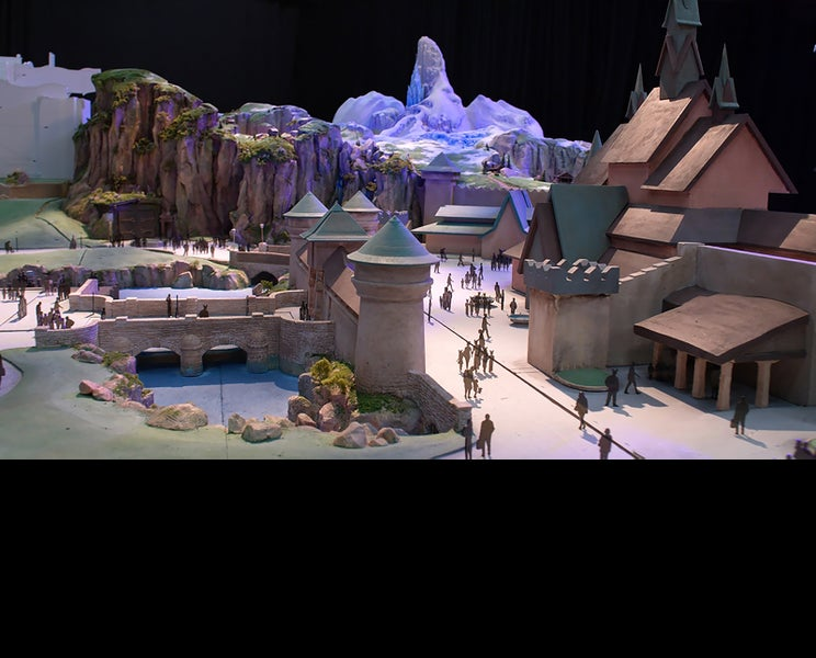 TDS新テーマポート「ファンタジースプリングス」イメージ模型の動画初公開 「アナ雪」「塔の上のラプンツェル」など