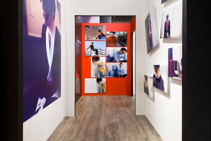 蜷川実花 IN MY ROOM|TAIPEI ~旬な男たちの肖像~/提供:MCIPホールディングス