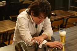 佐藤健/「義母と娘のブルース」第9話より(C)TBS