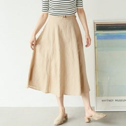 """見た目も機能性も大事♡夏スカートは""""素材""""で選んでみませんか?"""