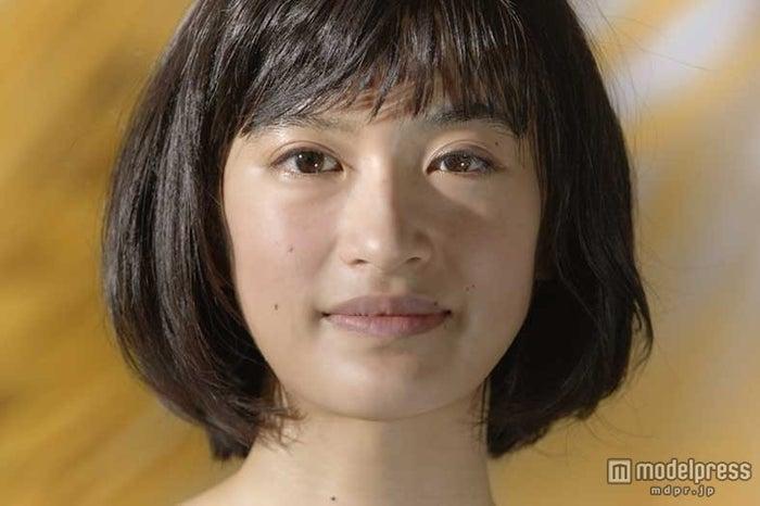 """黒髪美少女""""門脇麦""""に業界関係者も注目 - モデルプレス"""