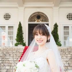 泉里香、麗しいウエディングドレス姿 竹内結子と共演「背中を見…