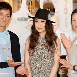 (左から)沢村一樹、JUJU、天海祐希