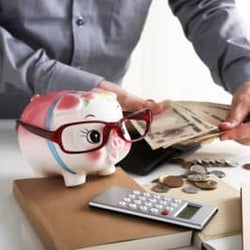 給料の何%を貯蓄にまわせばいい?平均貯蓄率は?
