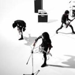 新曲「軌跡」10月24日0:00〜配信スタート!MVも同時公開!