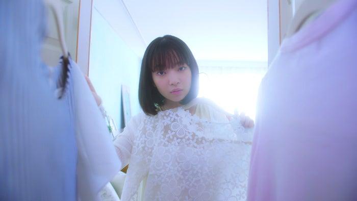 田中芽衣/WEB動画「なりたいわたしが見つかるルージュ」より(提供写真)
