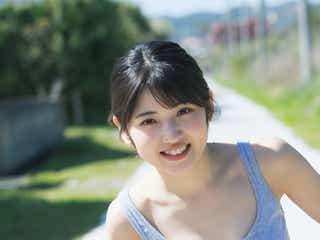 AKB48村山彩希、美デコルテ眩しい初ソログラビア