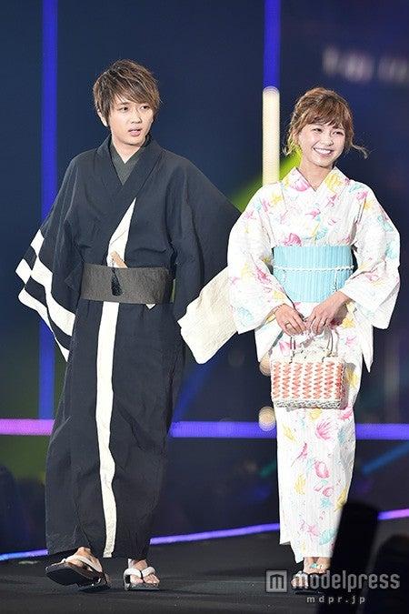 (左から)西島隆弘、宇野実彩子
