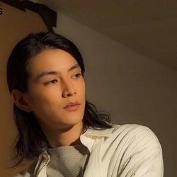 【メイキング動画】渡邊圭祐、撮影中の表情が美しすぎる