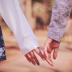それでも曖昧な関係が続くときにしたい3つのこと/photo by GIRLY DROP