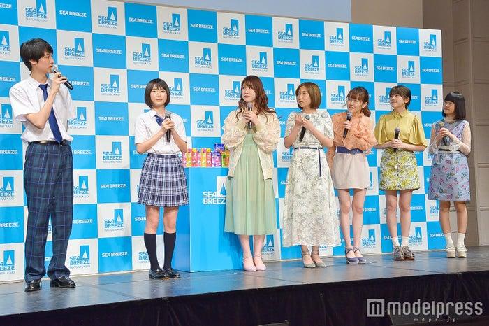 (左から)古川毅、池間夏海、Little Glee Monster (C)モデルプレス