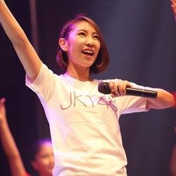 JKT48移籍のAKB48メンバーがインドネシアデビュー 現地ファンから大歓声