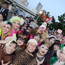 モデルプレス - <ハロウィン>バンビーノ率いる仮装集団、大規模パレードに歓声「ダンソン」で沸かす