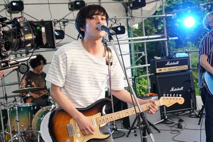 北村匠海(C)2020『サヨナラまでの30分』製作委員会