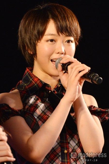 AKB48峯岸みなみ/AKB48峯岸チーム4「手をつなぎながら」初日公演(公開ゲネプロ)より
