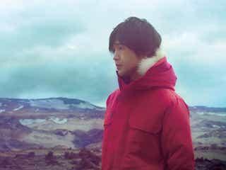 藤巻亮太、待望の1stソロアルバム『オオカミ青年』のジャケ写&アー写が解禁