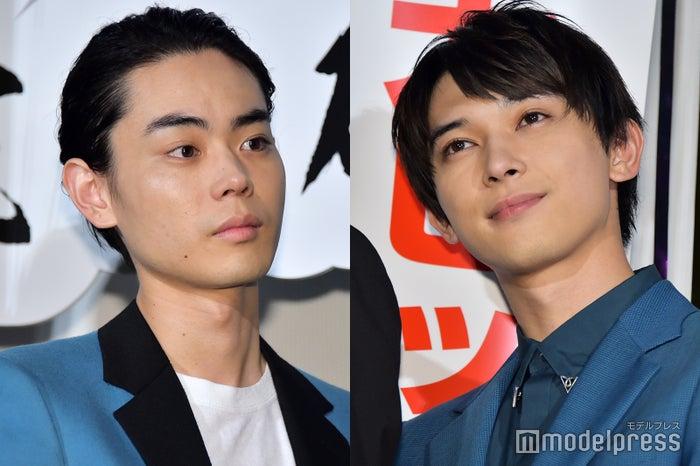 映画『銀魂2 掟は破るためにこそある』初日舞台挨拶に登壇した菅田将暉、吉沢亮 (C)モデルプレス