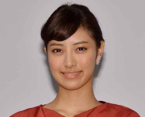 「non-no」モデル岡本あずさ、ドレスで美脚披露 「第27回東京国際映画祭」で新たな挑戦