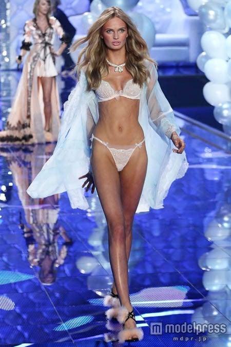 「2014 Victoria's Secret Fashion Show」でのロミー・ストリド。WENN.com/Zeta Image【モデルプレス】