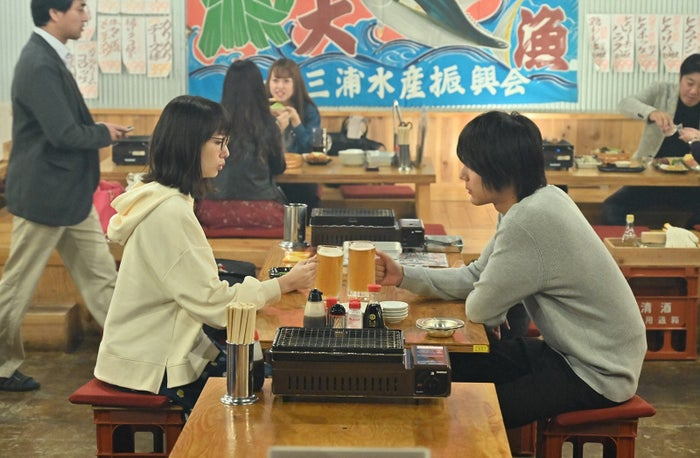 波瑠、中川大志/「G線上のあなたと私」第3話より(C)TBS