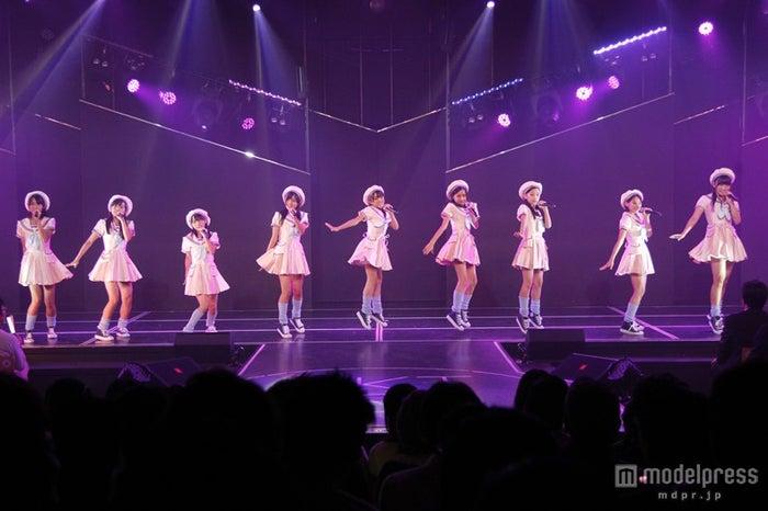 HKT48「スカート、ひらり」