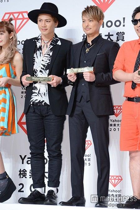 「Yahoo!検索大賞2015」発表会に出席した(左から)登坂広臣、今市隆二