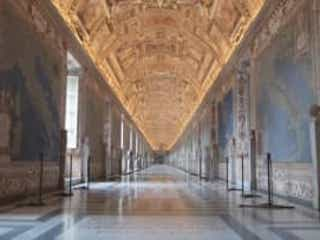 バチカン博物館が6月1日から再開!完全予約制で入場者数制限