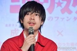 """成田凌、""""全裸でAKB48を踊る""""過激な撮影現場を明かす"""