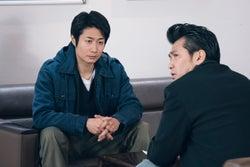 戸次重幸、村上淳/「電影少女」第10話より(C)「電影少女2018」製作委員会