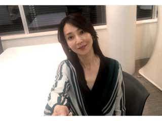 """稲森いずみ、ブログを開設 """"自撮り写真""""に「美しすぎ」の声"""